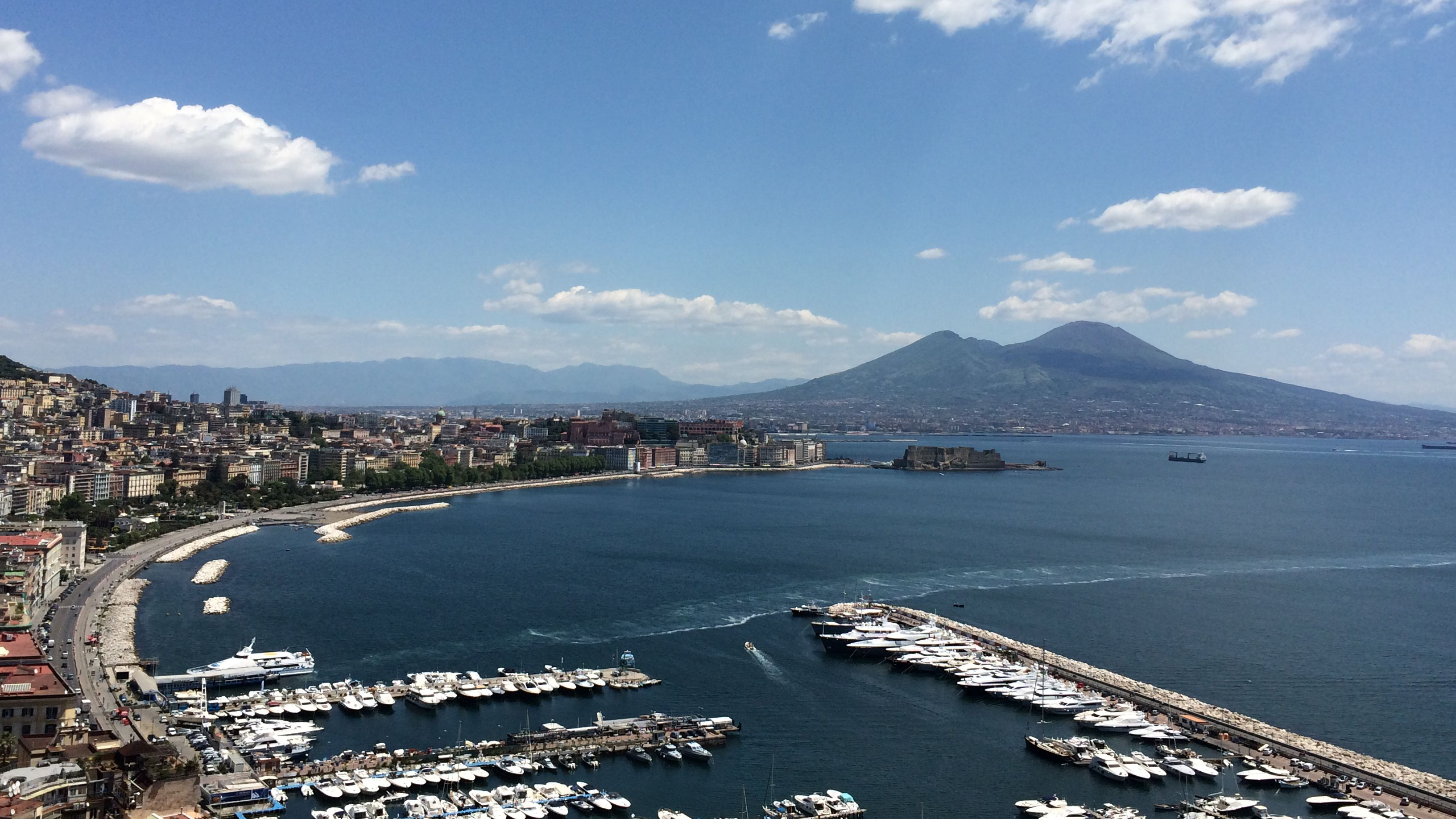 Dagsutflykt på egen hand till Neapel, Pompeji eller Capri