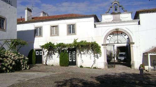 Entrance to Quinta Do Sanguinhal winery in Bombarral