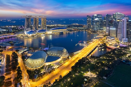 Flexible 11 Hrs Singapore Excitements Van Tour from Johor