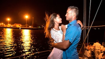 Bali Hai - Aristocat Evening Cruise Romantis