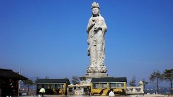 2-Day Tour of Mount Seoraksan National Park