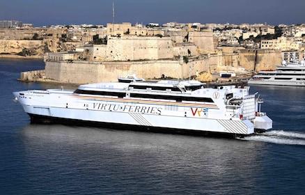 Catamaran_Virtu_Ferries.jpg