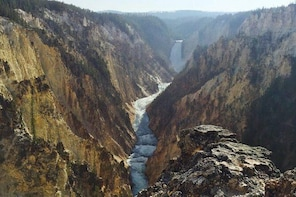Take a Private 2-Day Tour of Yellowstone National Park