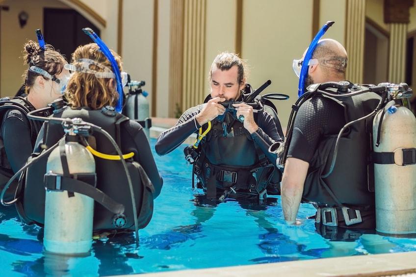 Show item 1 of 10. Discover Scuba Diving