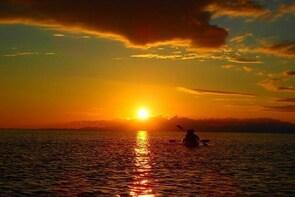 [Okinawa Ishigaki] Sunset SUP/Canoe tour in Ishigaki Island