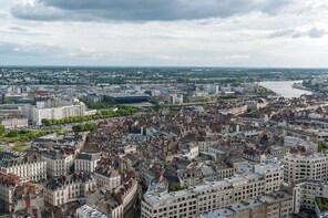 Fun walk to discover Nantes