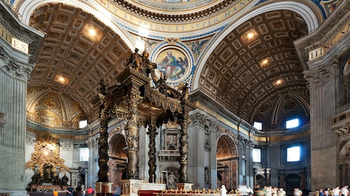 Skip-the-Line: Extended Vatican Tour with Bramante Staircase & St. Peter's