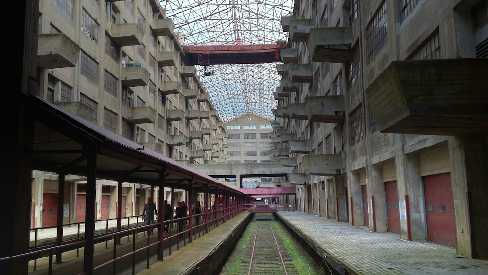 Charger l'élément 1 sur 7. Interior of Brooklyn Army Terminal
