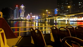 Macau Open Top Bus Night Tour