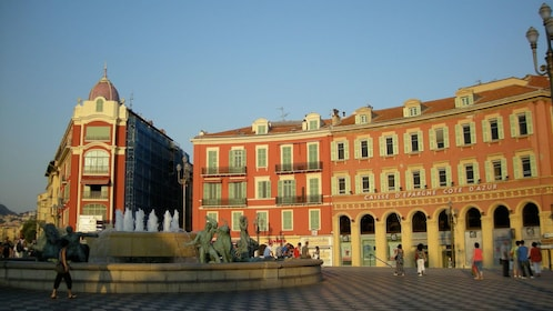 Fountain in city center in Nice