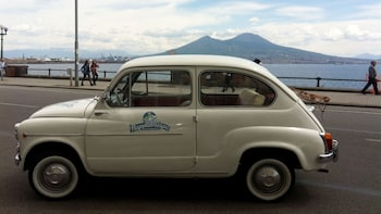 Tour privato in una Fiat 600 d'epoca