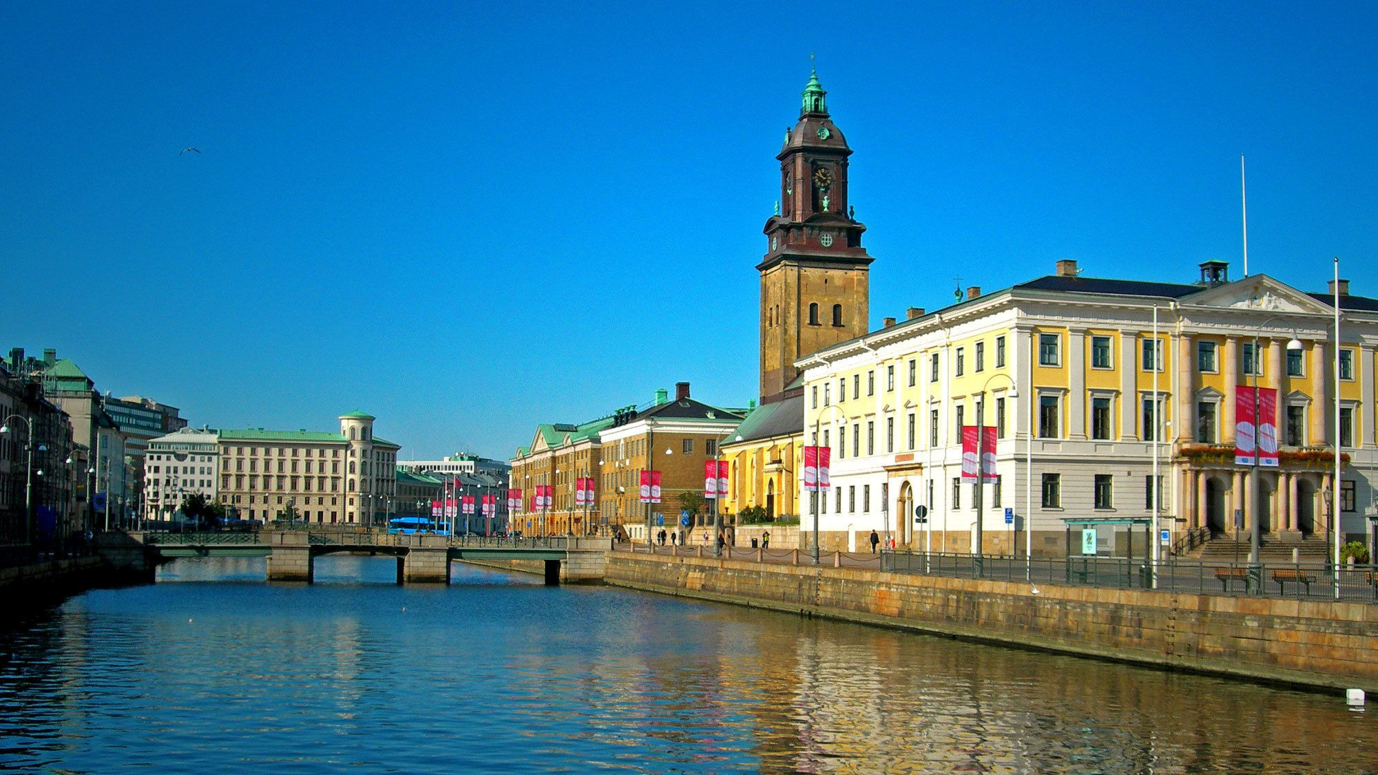Canal and surrounding buildings in Gothenburg