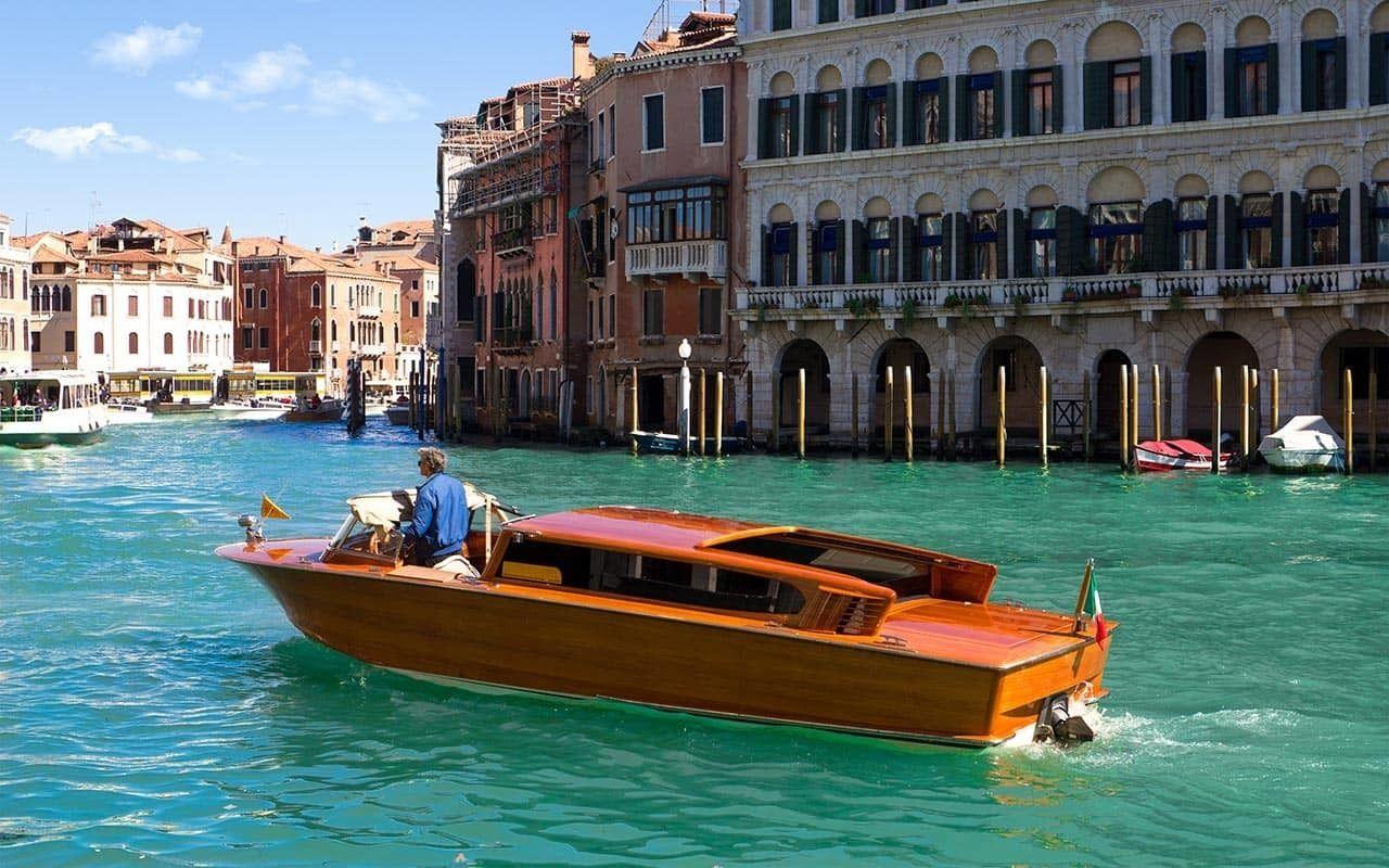 VIP-Bootstour auf dem Canal Grande mit 3-Gänge-Mittagessen