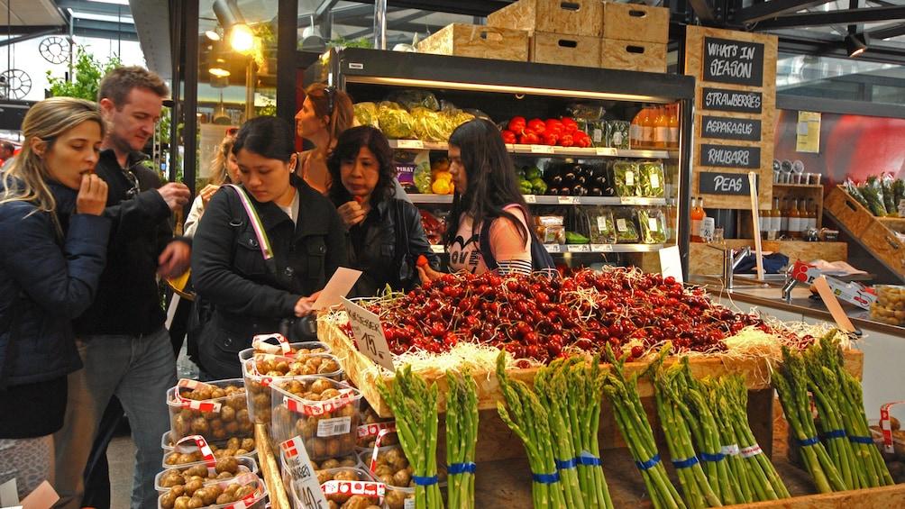 Foto 9 von 9 laden Culinary farmers market trip in Denmark