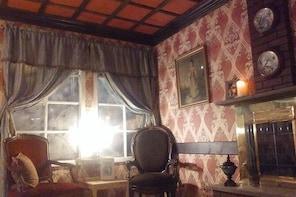"Haunted Escape Room: ""The Dwelling"" 60 minute multi-level manor (..."