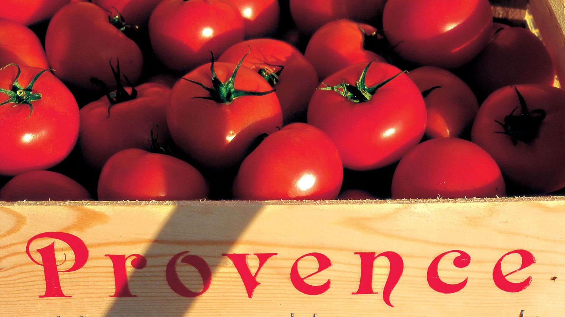 local farmed tomatoes from the town of Luberon in France