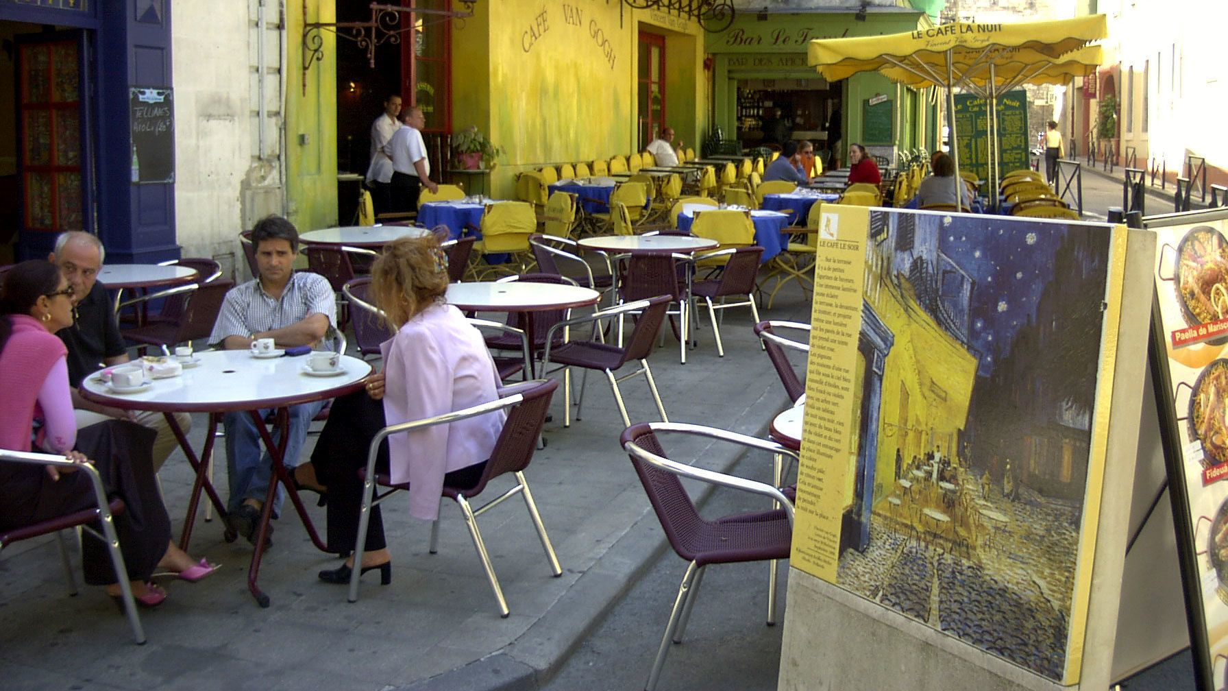 outdoor seatings at the Cafe Van Gogh in Avignon