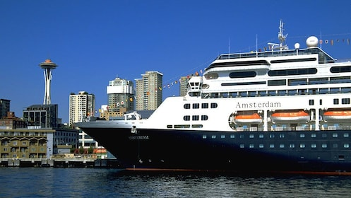 large cruise ship at bay in Seattle