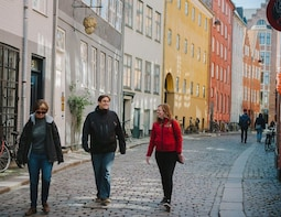 Copenhagen: Small-Group Hygge & Happiness Tour