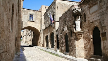 Rhodes Old Town Half-Day Tour