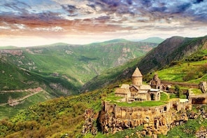 Day tour : Yerevan - Noravank - Tatev - Shaki waterfall