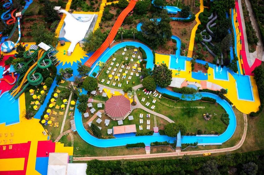 Lataa valokuva 3 kautta 8. Crete Acqua Plus Water Park with Transfers
