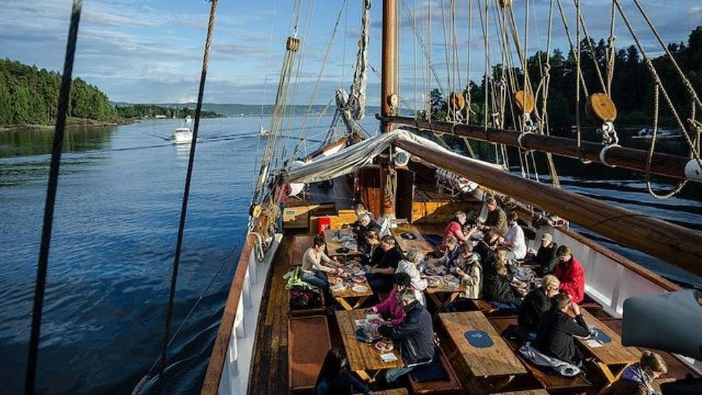 Åpne bilde 2 av 10. View aboard the Jazz & Blues Cruise in Oslo