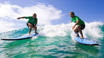 Byron Bay Half-Day Tour & Surfing Lesson
