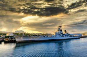 战舰爱荷华州博物馆自导游户外之旅