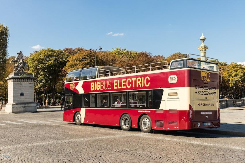 Paris Hop-On Hop-Off Bus Tour