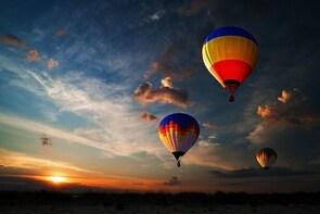 Oudtshoorn Hot Air Balloon Sunrise Flight - Includes Champagne & Breakfast