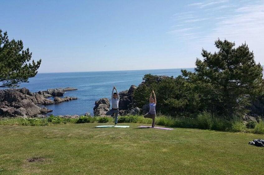 Show item 2 of 6. Sea breeze yoga and breakfast at Tanesashi Kaigan natural grass fabric