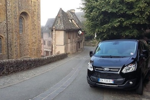 Private transfer from Béziers to Conques, 1-6 people