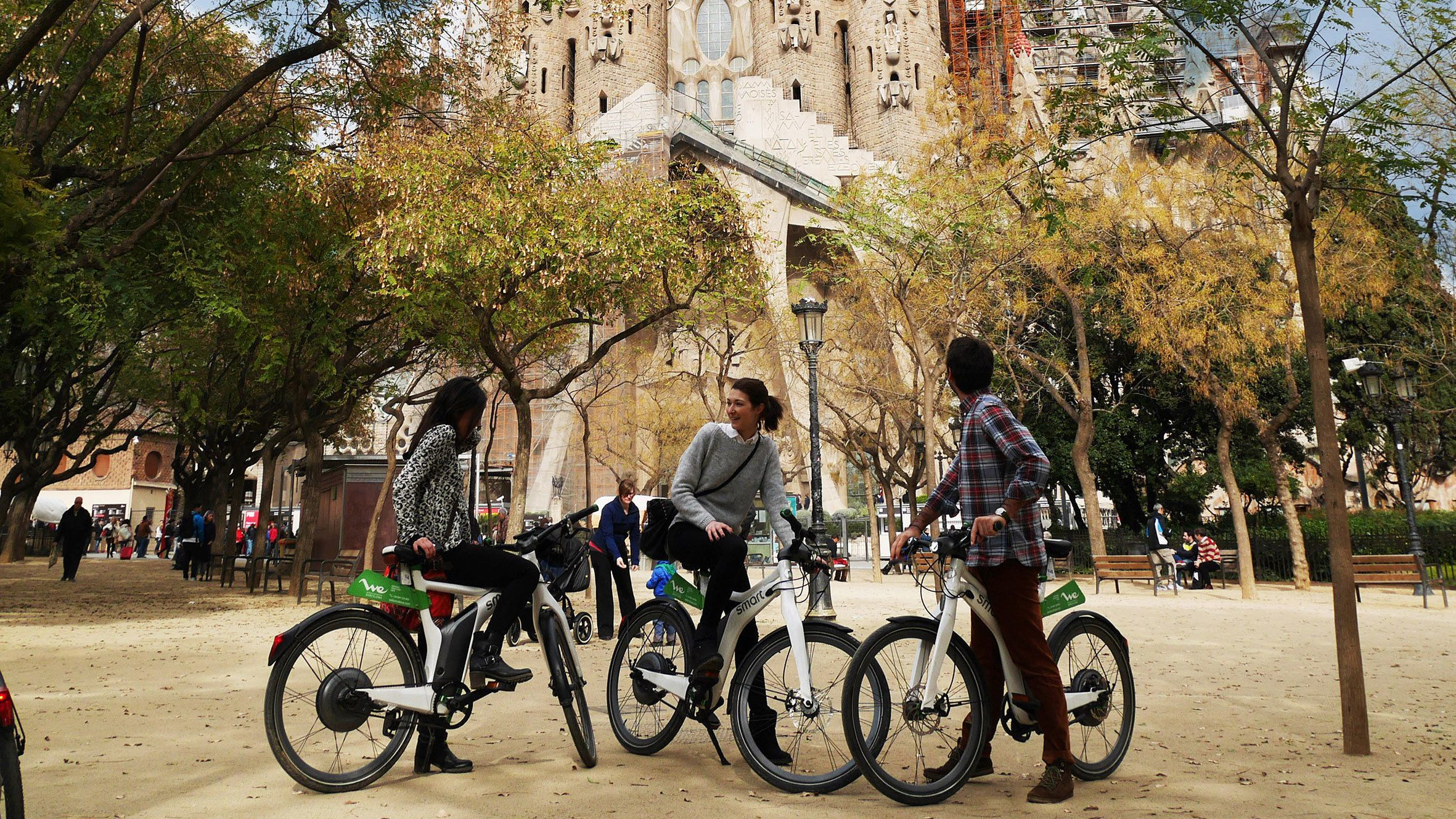 Group on ebikes at La Sagrada Familia in Barcelona