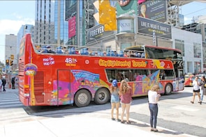 Toronto Hop-On Hop-Off Bus Tour
