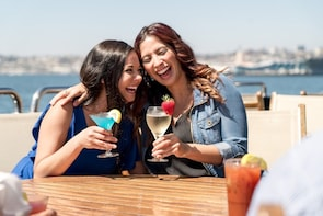 Champagne Brunch Cruises on San Diego Harbour
