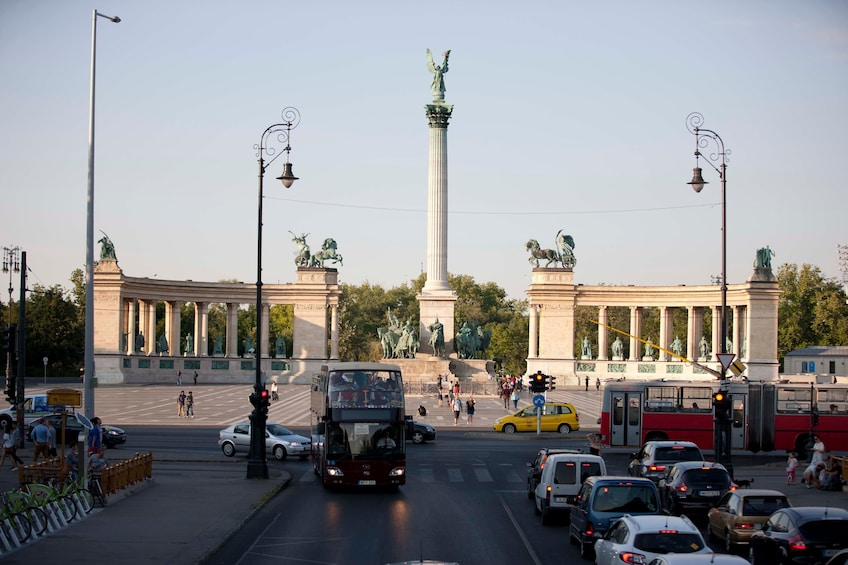 Budapest Hop-On Hop-Off Big Bus Tour