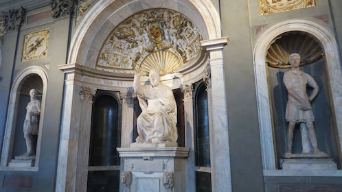Statue of Pope Leo X on display at Palazzo Vecchio in Florence