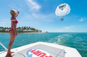 Bezoek aan Key West met parasailingavontuur vanuit Miami