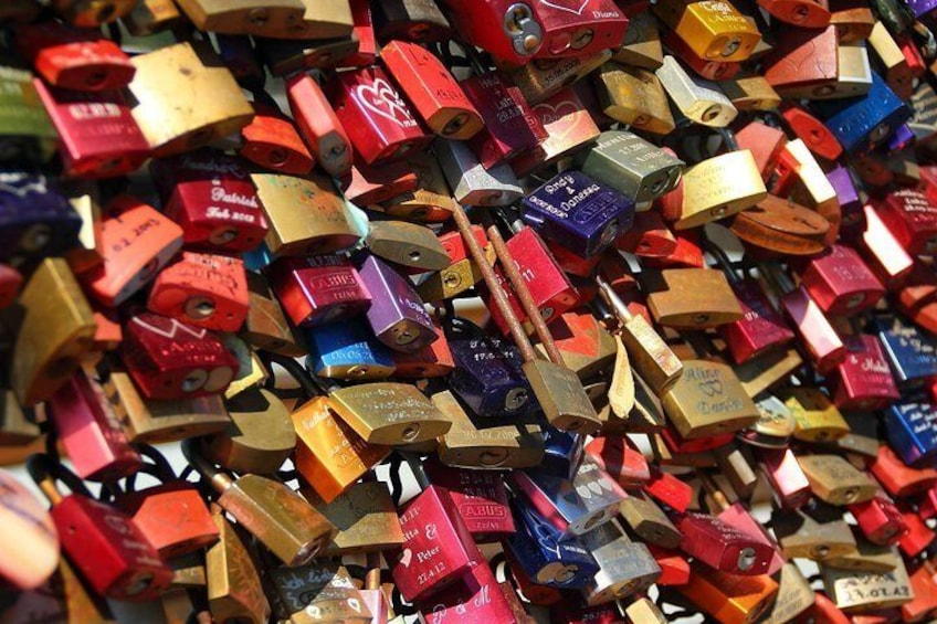 Discover the famous love locks