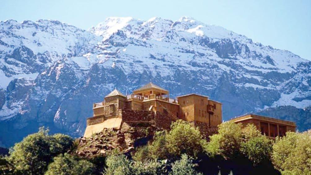 Charger l'élément 5 sur 5. Stunning village on a mount in Marrakech