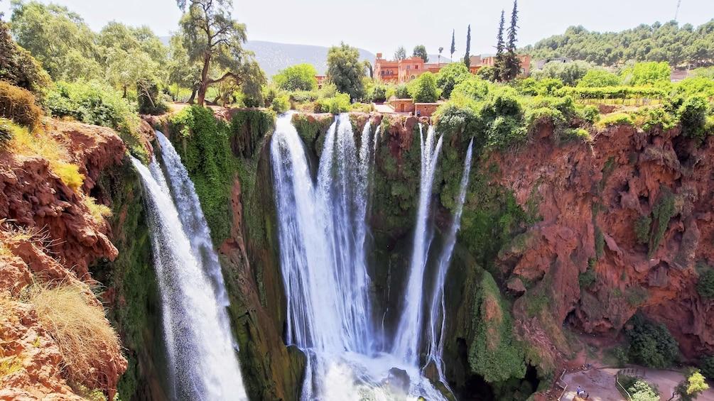 Charger l'élément 3 sur 5. Amazing view of the Ouzoud Waterfalls in Marrakech