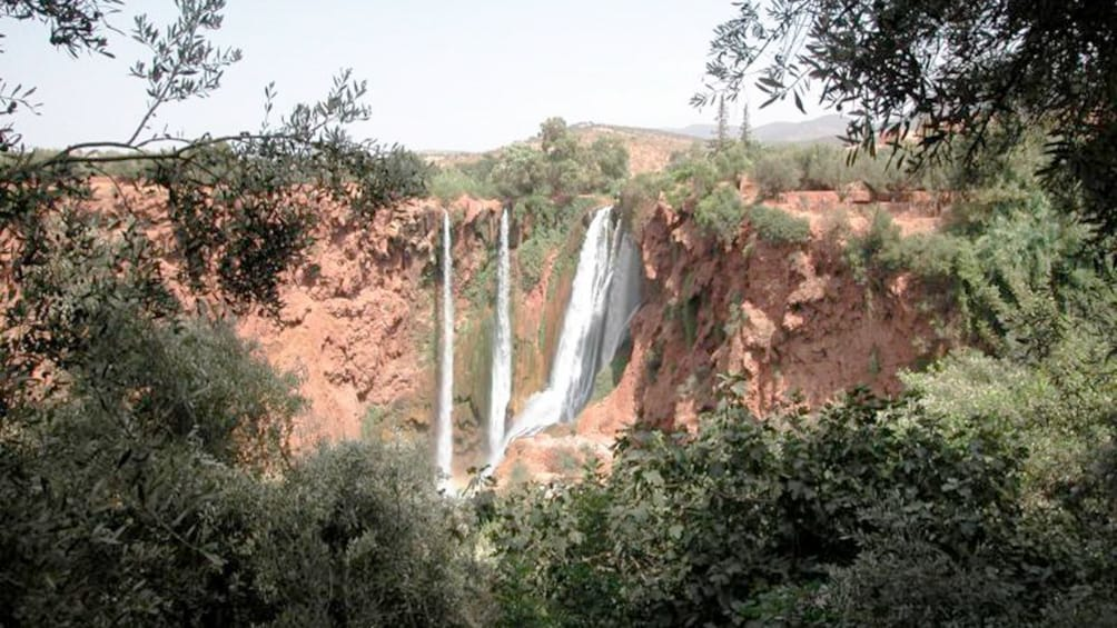 Charger l'élément 4 sur 5. Day view of the Ouzoud Waterfalls in Marrakech