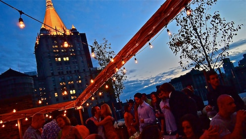 Rooftop Lounge Experience in New York