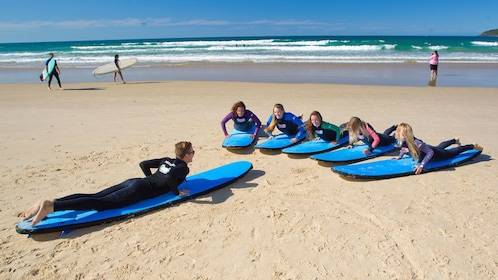 Group on a Anglesea Surfing Lesson by Go Ride a Wave in Great Ocean Road