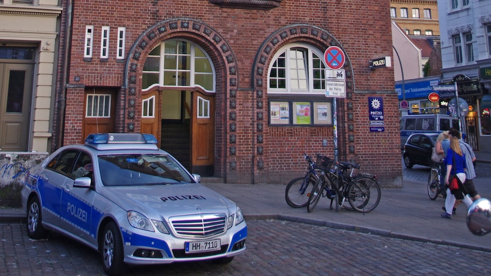 Åpne bilde 3 av 5. Brick building in Hamburg Germany