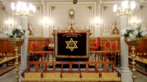 Inside a synagogue in Istanbul