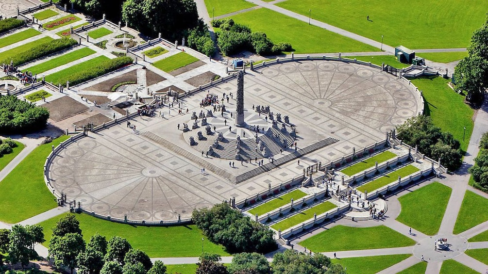 Åpne bilde 3 av 8. Monument in Oslo