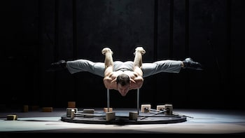 New Circus at the Chamäleon Theater Show Tickets