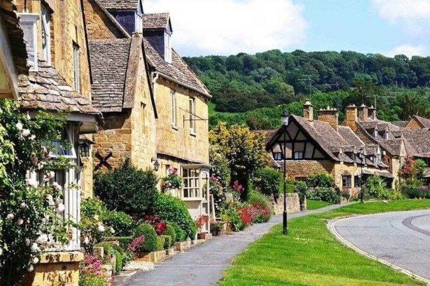 Show item 1 of 3. The Cotswolds England Bus Tour